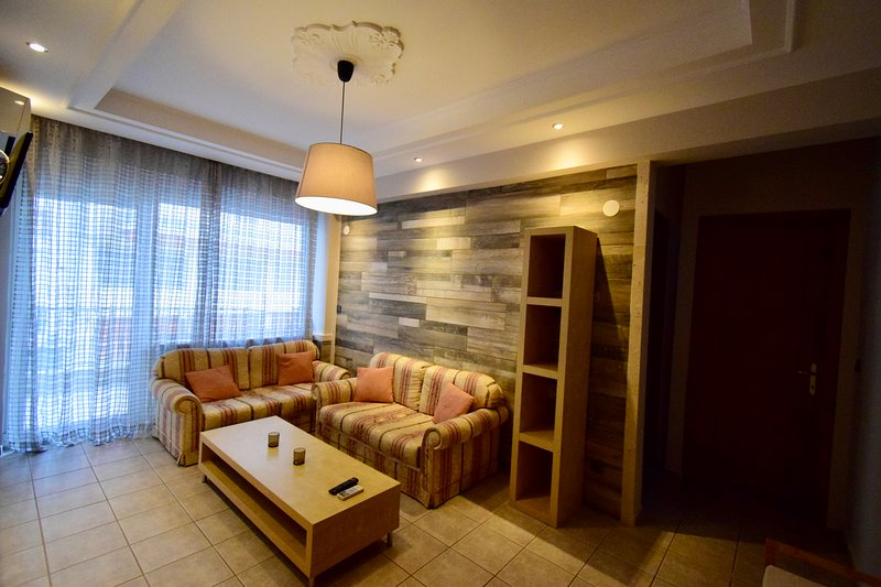 Feeling Home Apartment, holiday rental in Ampelokipoi