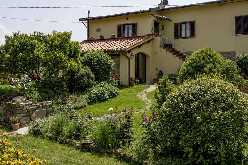Porcigliano Olive Grove, vacation rental in Borgo San Lorenzo