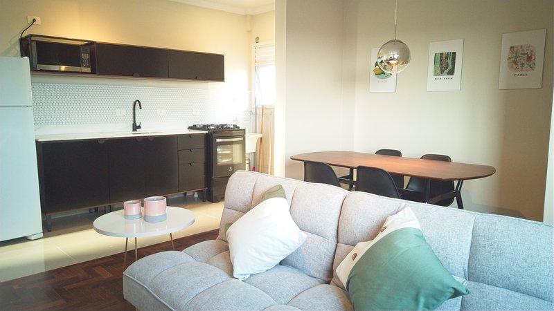 Moderno apartamento novo Parque Barigui com garagem, casa vacanza a Curitiba