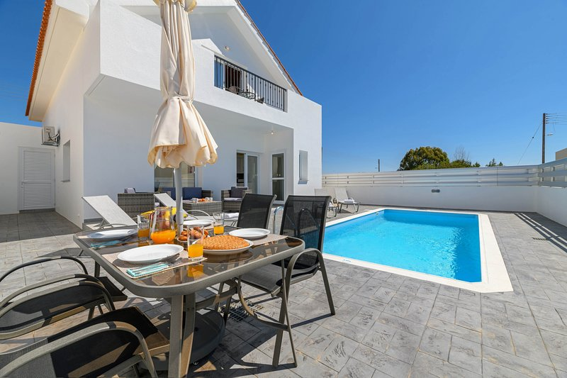 Villa Olivia, vacation rental in Xylophagou