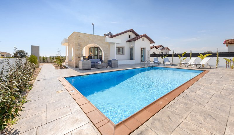 Kymma Villa #4, vacation rental in Xylophagou