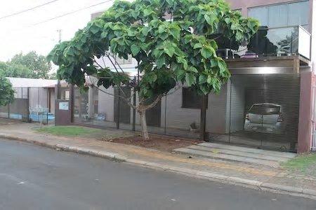 casa catuai cataratas2 com todo conforto piscina  erea de lazer com churrasquera, vacation rental in Foz do Iguacu
