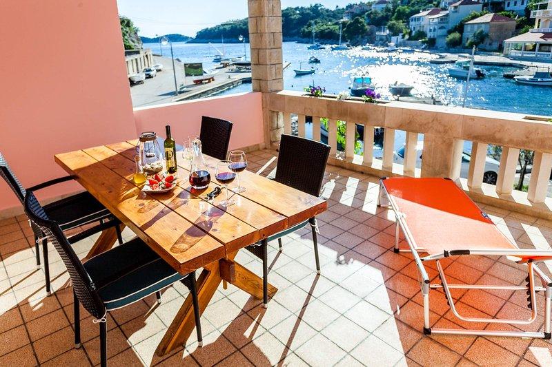 Apartment Jakov Grscica A4, Ferienwohnung in Prizba