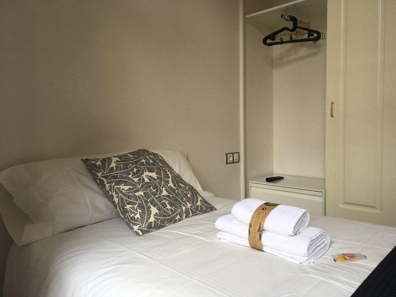 INSIDEHOME: Valladolid Centro - Habitacion individual -, location de vacances à Valladolid