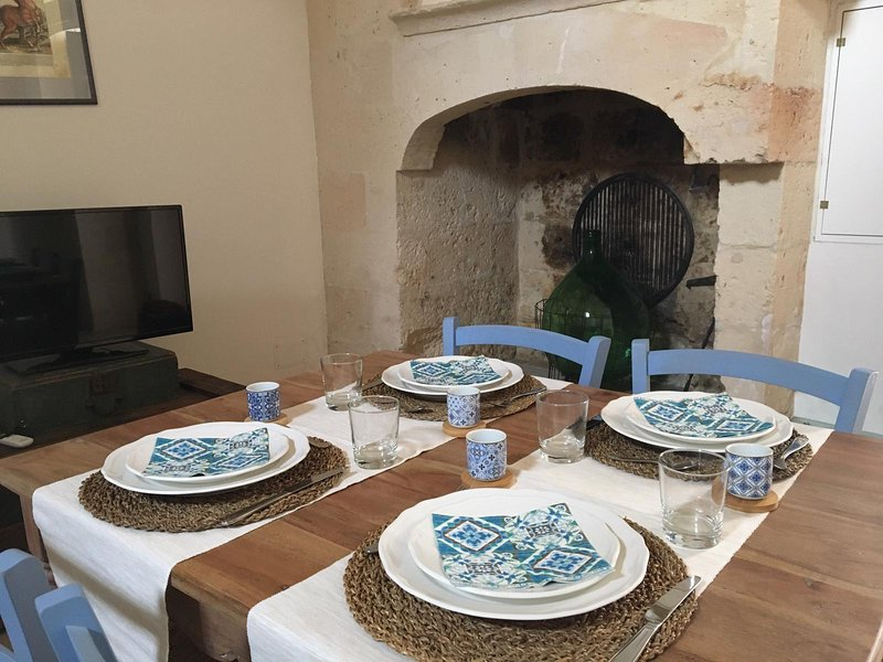 Antica Casa del Pozzo, holiday rental in Erchie