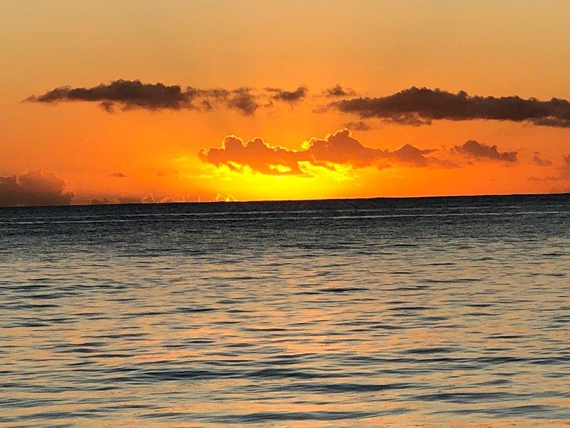 solnedgång på Jolly Beach