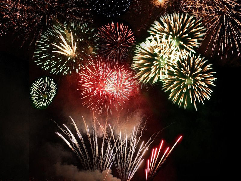 Enjoy the fireworks from your deck or master bedroom - you'll see them perfectly!