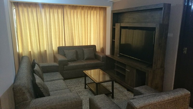 Private apartment wifi/hotwater/kitchen/laundry, holiday rental in San Sebastian