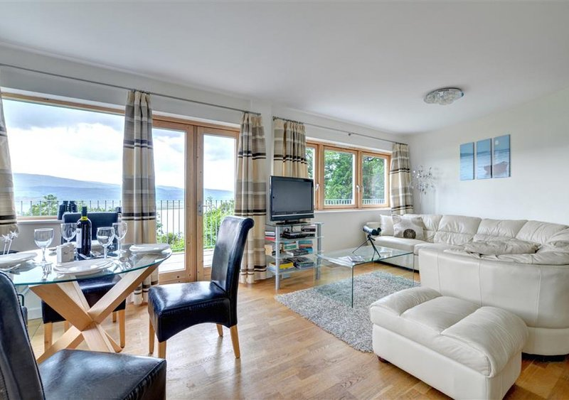 Apartment 6, The Old Stables, holiday rental in Aberdovey