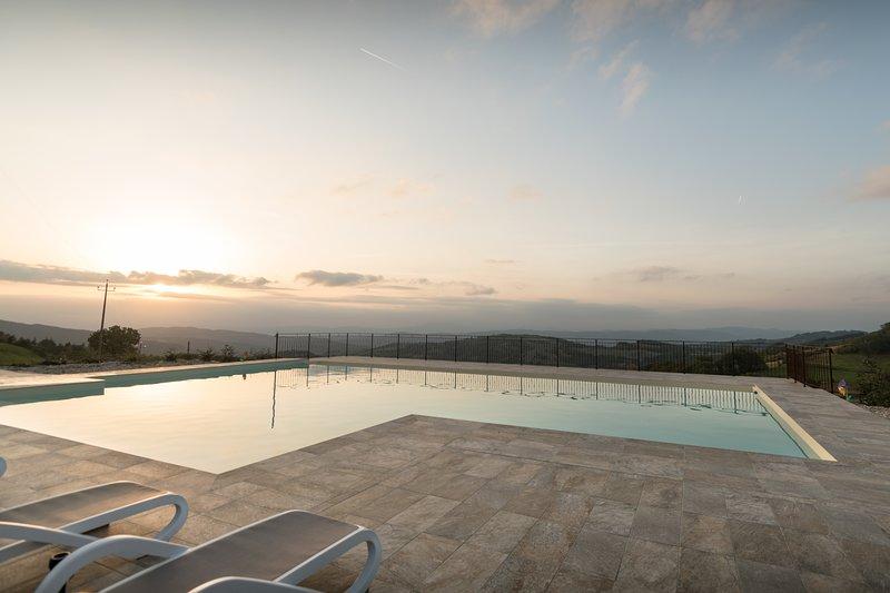 Appartamento per amici o famiglie con piscina, holiday rental in San Presto