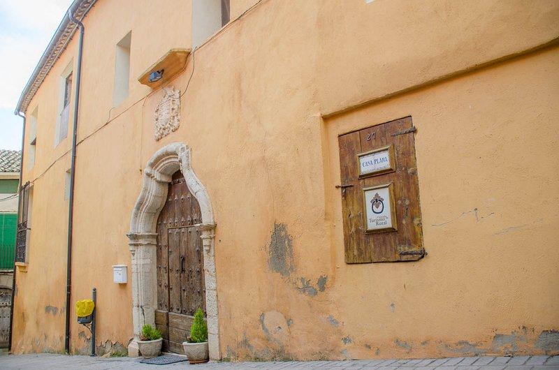 Casa Plana Calasanz Completa, Ferienwohnung in Alfarras