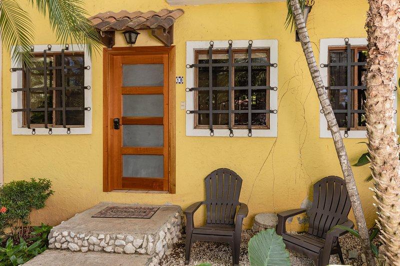 Main entrance, Pueblo del Mar #18