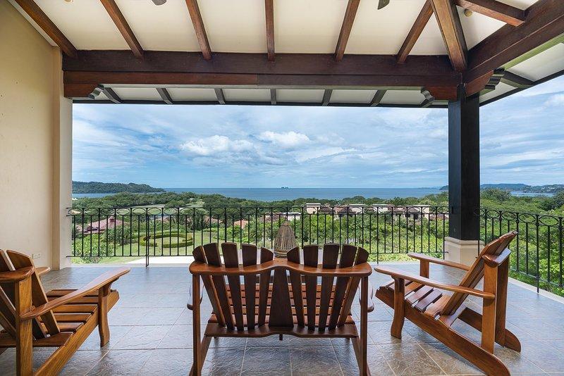 Beautiful Ocean View 2 Bedroom Condo at Reserva Conchal, holiday rental in Brasilito