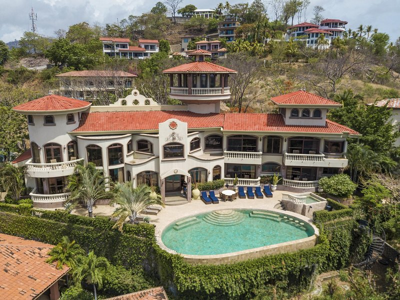 Casa de los Congos, una impresionante finca de lujo con vista al mar en Flamingo Beach