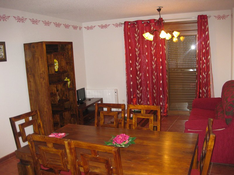 APARTAMENTOS NAVAMAR-2ºC, holiday rental in Patones