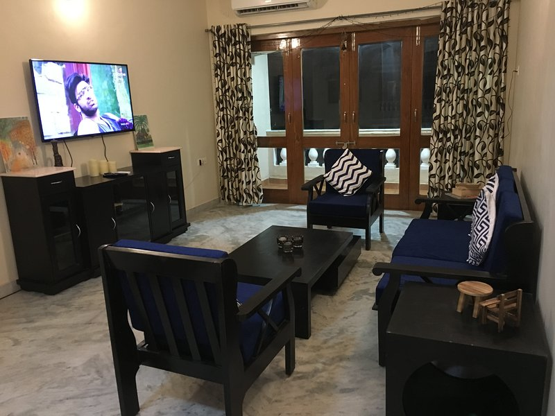 South Goa - Beautiful apartment in Coconut Grove, vacation rental in Carmona