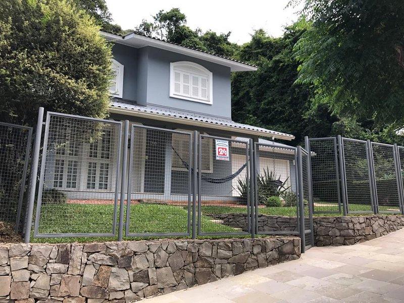 Linda casa na Capital do Vinho | Bento Gonçalves, casa vacanza a Farroupilha