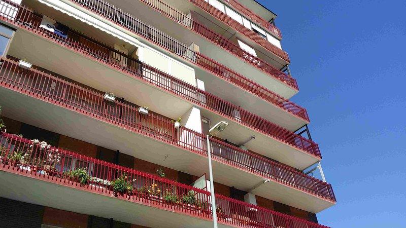 ATXIKI AIRY PURE SAN SEBASTIAN, holiday rental in Lasarte-Oria