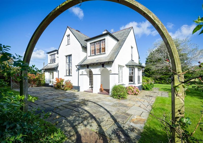 The Corner House, vacation rental in Abersoch