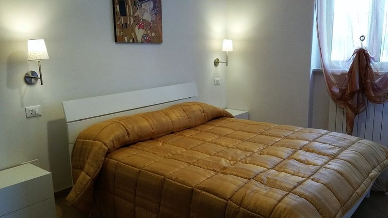 Elegante e confortevole Appartamento di nuovissima costruzione  I Gerani, vacation rental in Vieste