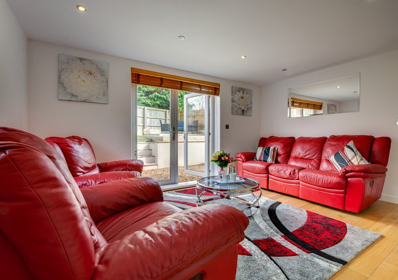 Vineyard Vale House, holiday rental in Cresselly