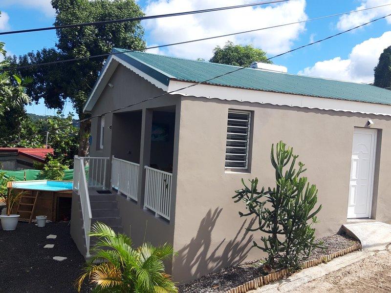 VILLA COTTAGE NEUF TOUT CONFORT  proche des plages du Sud Martinique, location de vacances à Riviere-Pilote