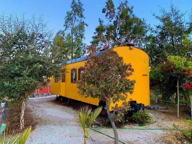 Vagones de tren habitables. Un lugar temático e inusual., vacation rental in La Serena