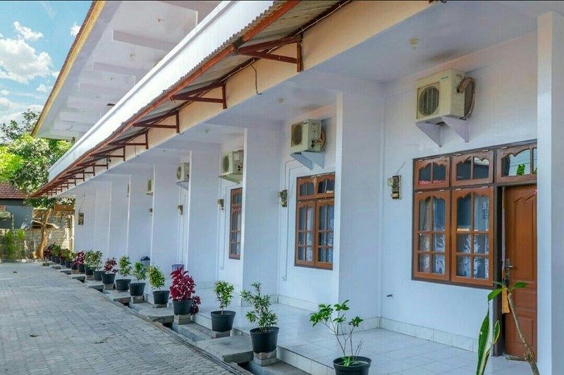 Gusti Guesthouse – semesterbostad i Buduk