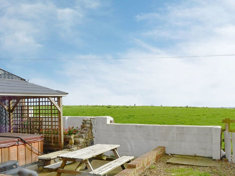 Old Low Farm Cottage, holiday rental in Tunstall
