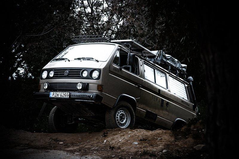Luna Trips GR ֎ RVs & Campers Network ֎ VW T3 Thynchro, holiday rental in Akrotiri