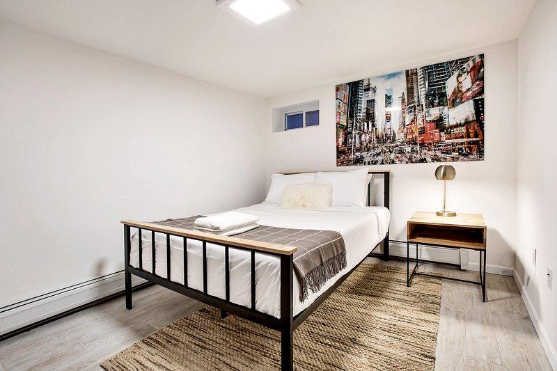 Charming 2BD-1BTH Apartment Minutes Away from Manhattan NYC! (1), aluguéis de temporada em Jersey City