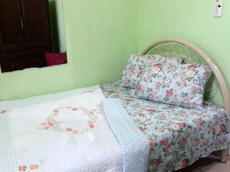 Pousada CENTRINHO DA LAGOA - Suíte 3, vacation rental in Lagoa da Conceicao