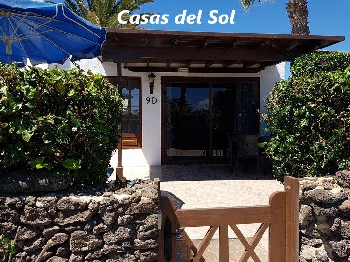 Villa on the complex of Casas del Sol (V5), vacation rental in Playa Blanca