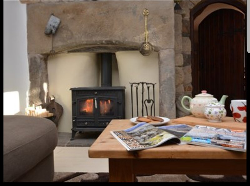Greave Farmhouse Todmorden - 6 person, vacation rental in Heptonstall