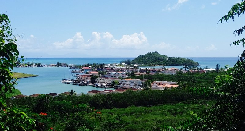 Cozy apartment with amazing view, holiday rental in Antigua