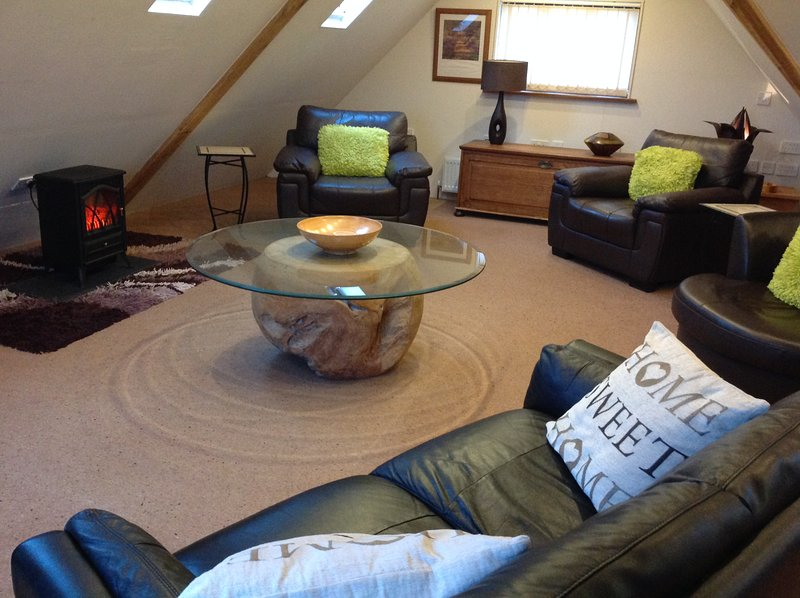 Clematis cottages: The Oak Barn, Stamford and Rutland, holiday rental in Colsterworth