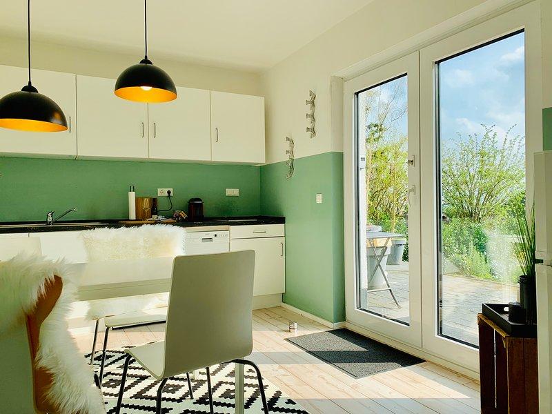 Ferienwohnung Oberwinter bei Bonn (bis zu 4 Pers), vacation rental in Wachtberg