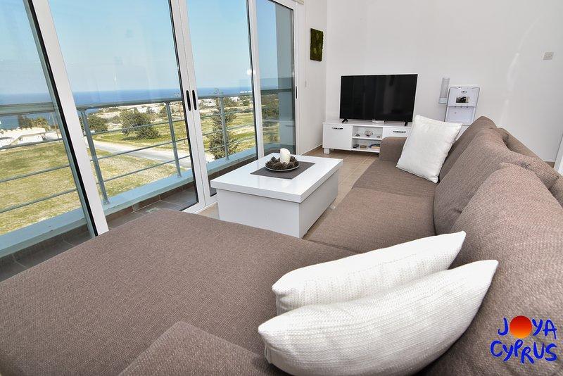 Joya Cyprus Magic Penthouse Apartment, holiday rental in Bahceli