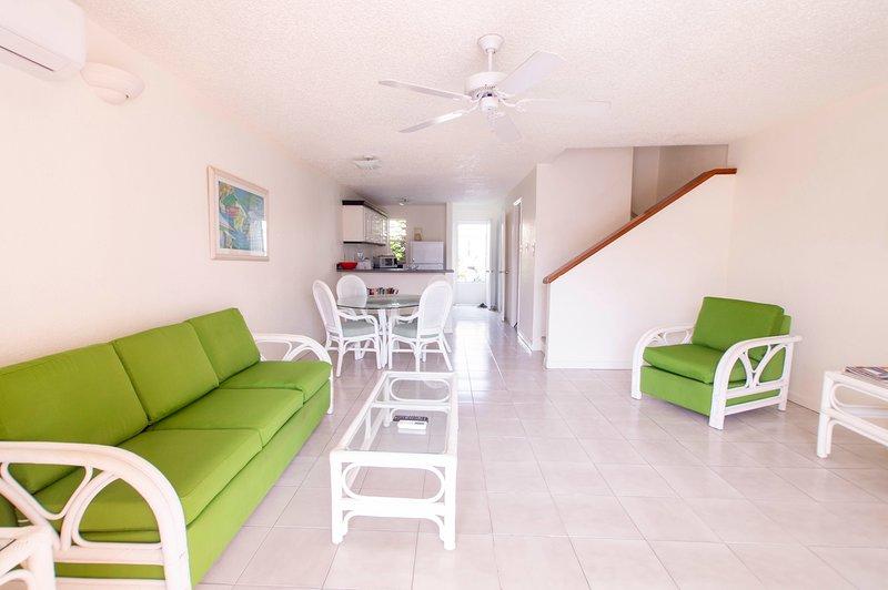 Villa 237E- Yellow Bell, location de vacances à Jolly Harbour