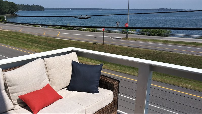 Casco Bay Sunrise Vista, holiday rental in Long Island