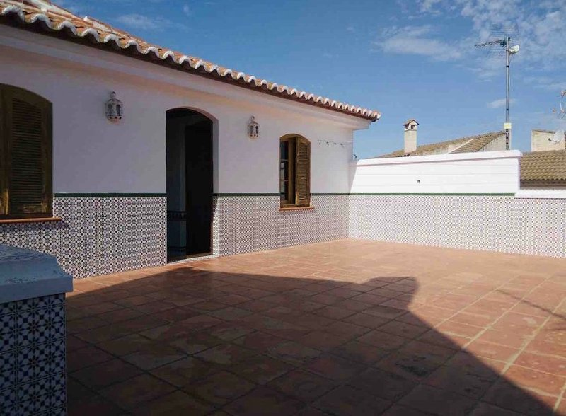 Amazing house with terrace & Wifi, vacation rental in Ardales