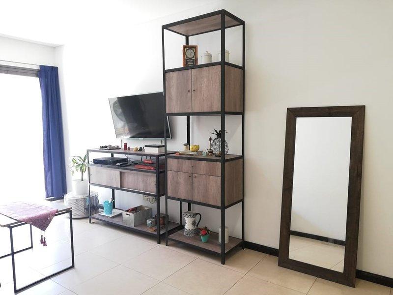 Apartamento luminoso en excelente zona de Mendoza, holiday rental in Villa Nueva