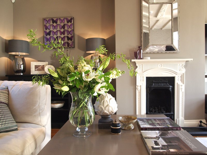 Hidden Gem Country cottage meets city chic sights of Windsor Thames legoland, vacation rental in Windsor and Maidenhead