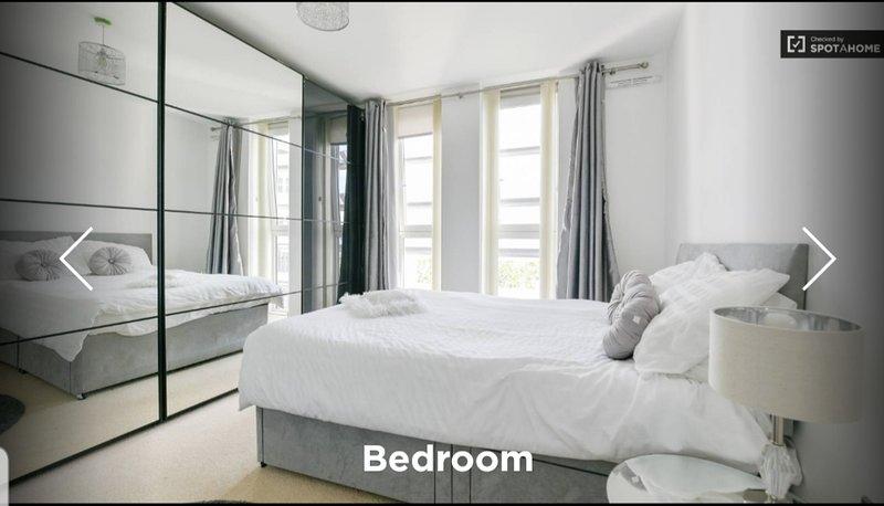 Lux 1-Bed Apt. with Balcony, alquiler de vacaciones en Chiswick