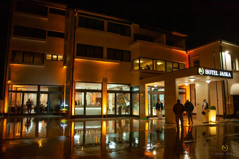 Business Hotel Jaska (108 beds in total), holiday rental in Donja Kupcina