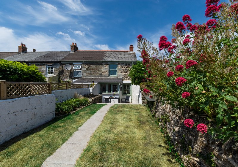 Sparrow Cottage, holiday rental in St Newlyn East