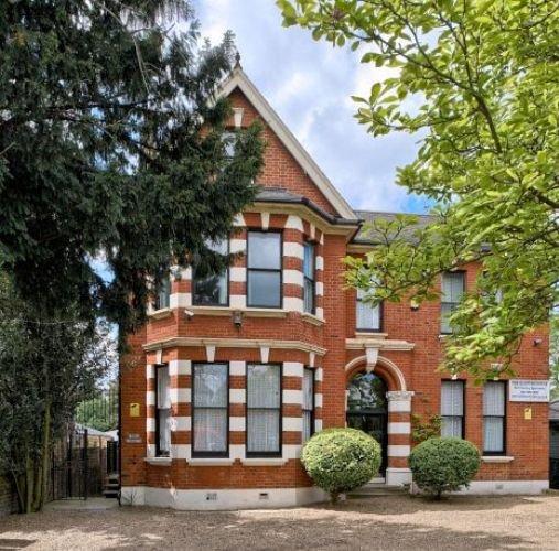 Huge 4 bedroom apt, vacation rental in London