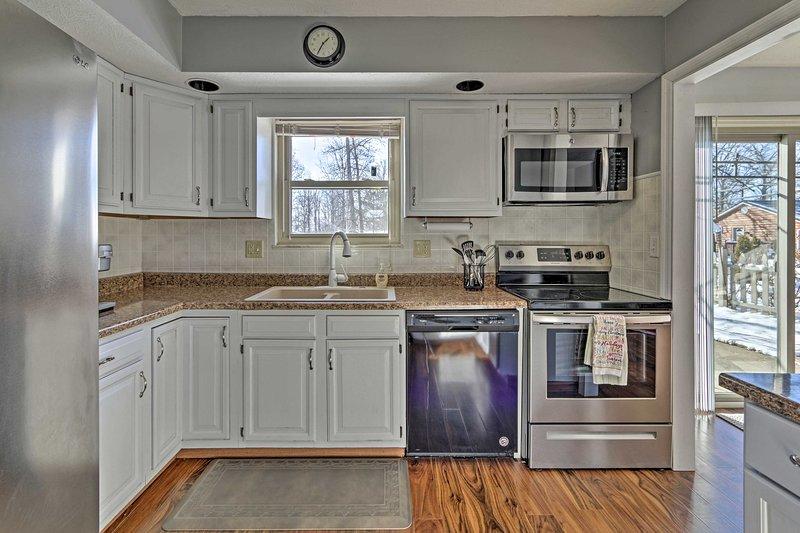 Faites comme chez vous dans l'espace de vie confortable avec une cuisine!