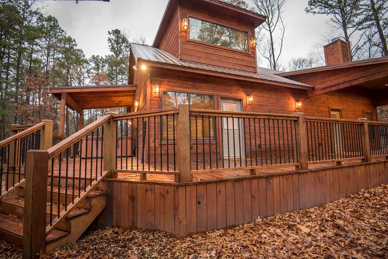 All Decked Out, holiday rental in Eagletown