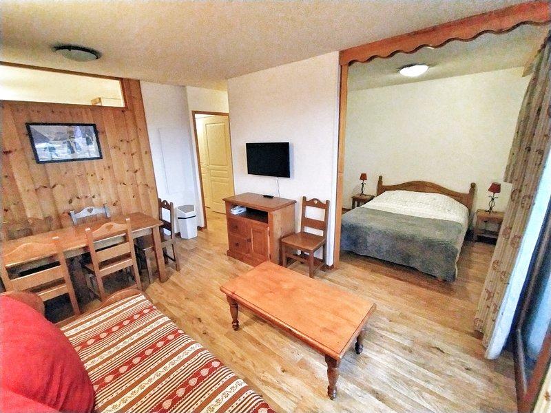 Appartement les Orres 1800 accès direct aux pistes de ski, Ferienwohnung in Les Orres